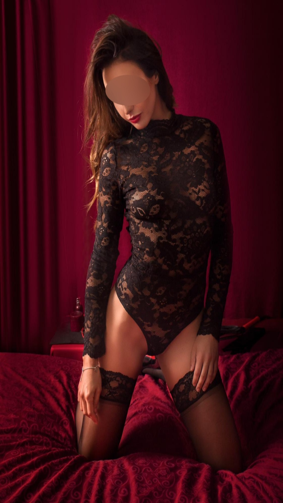 If you are looking for the perfect companion tonight give us a call on 07402724742 to book Khloe for the best night of your life.