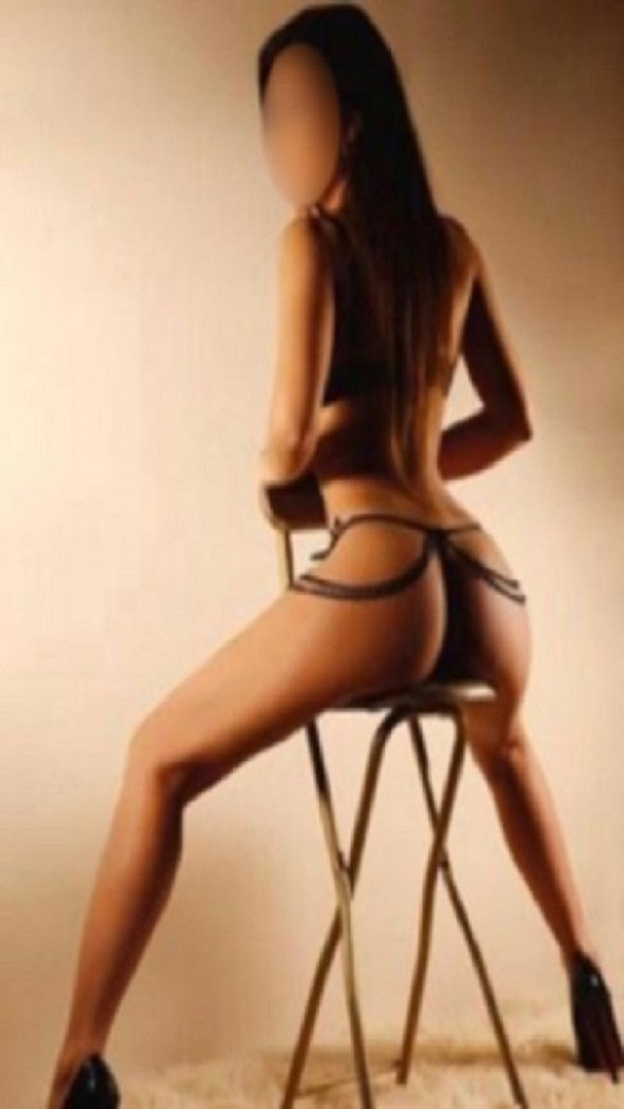 If you are looking for the perfect companion tonight give us a call on 07399733096 to book Evie for the best night of your life.