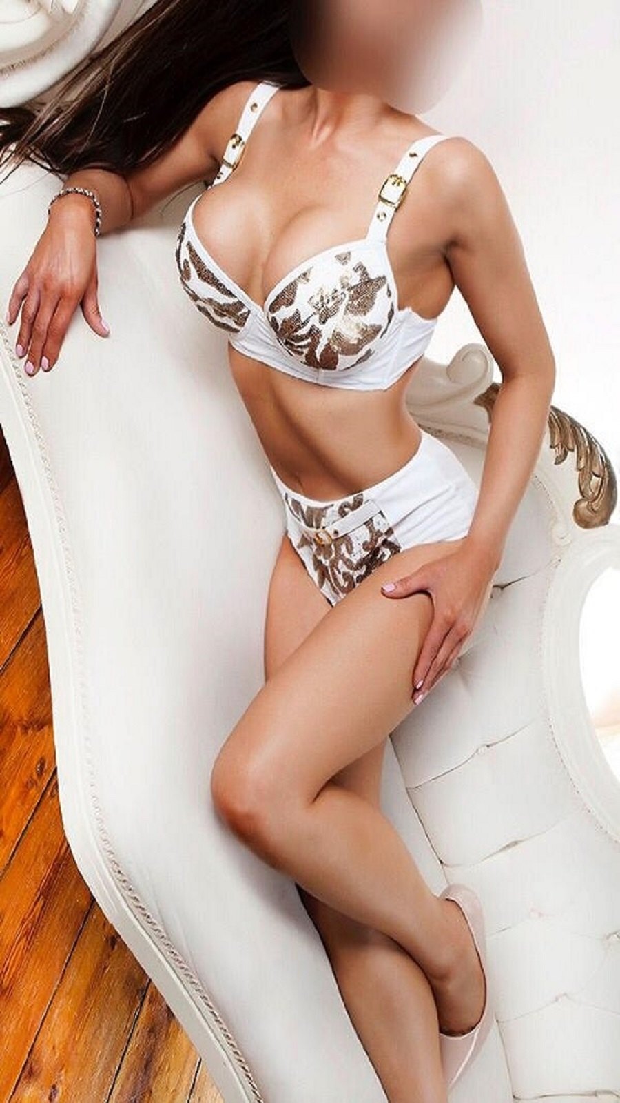 If you are looking for the perfect companion tonight give us a call on 07399733096 to book Sophia for the best night of your life.